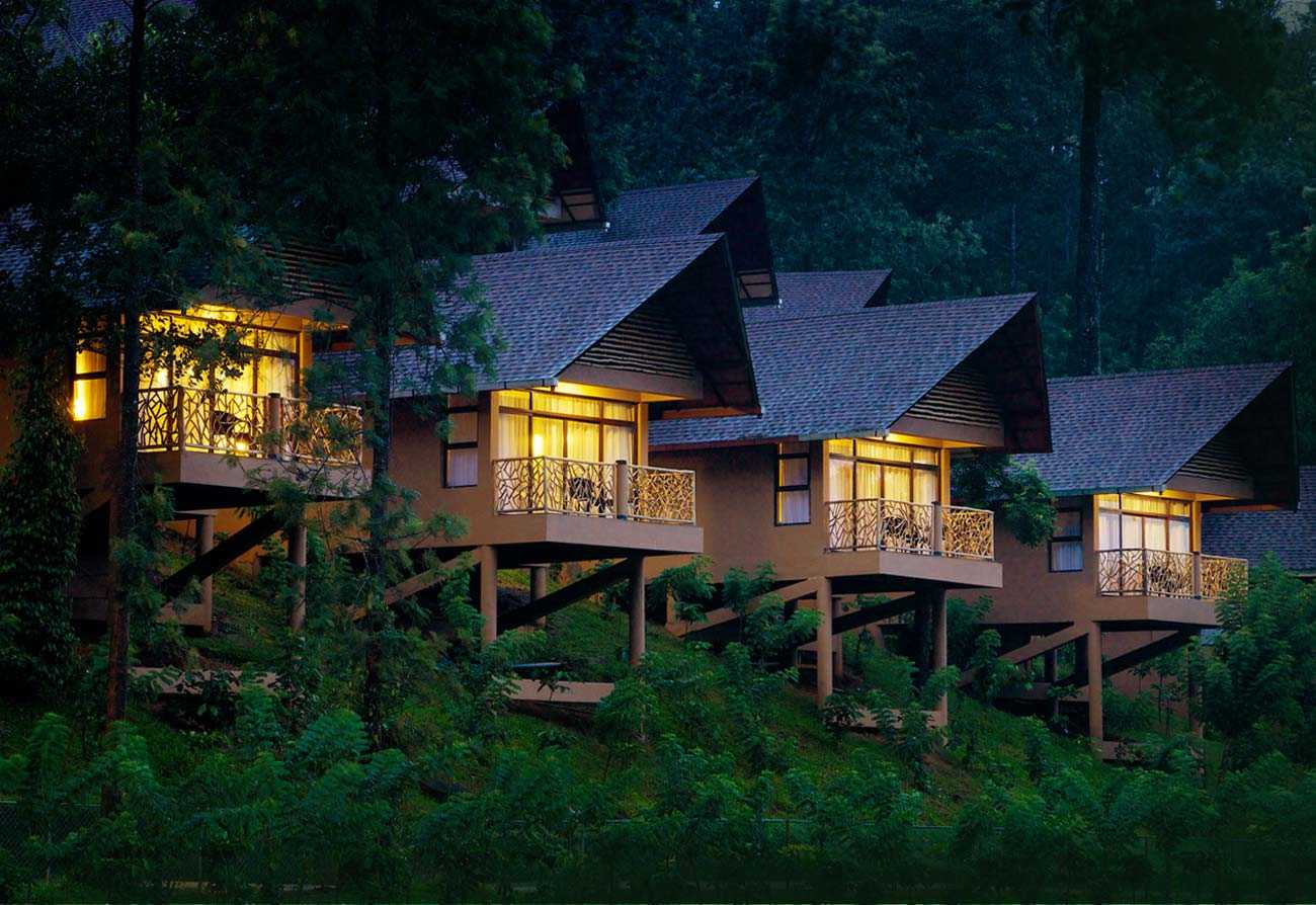 luxury hotels in thekkady